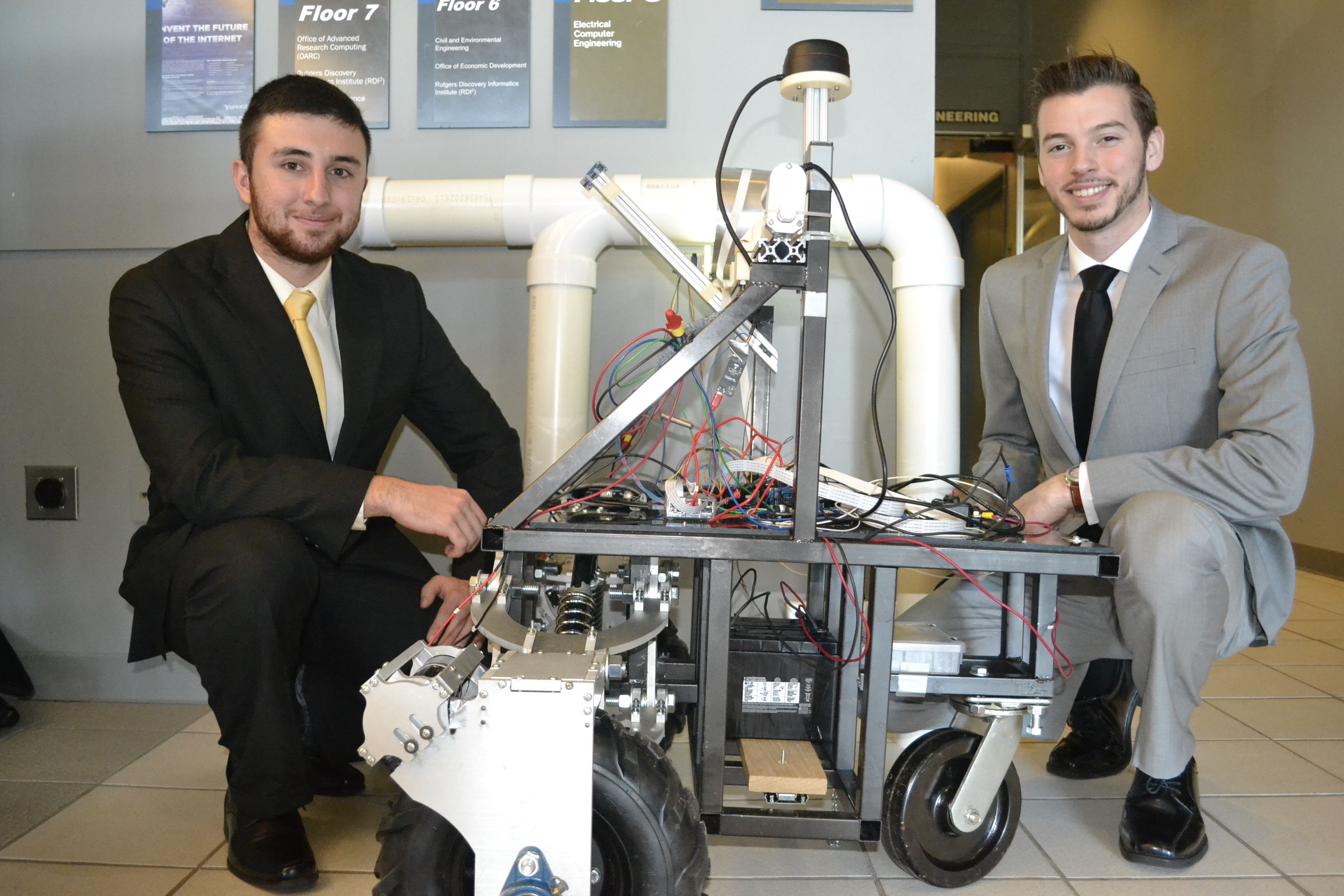ISE Undergraduate Students Present Senior Design Projects